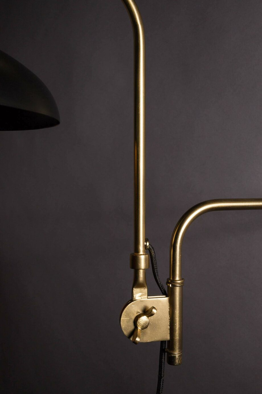 Devi wandlamp Dutchbone zwart