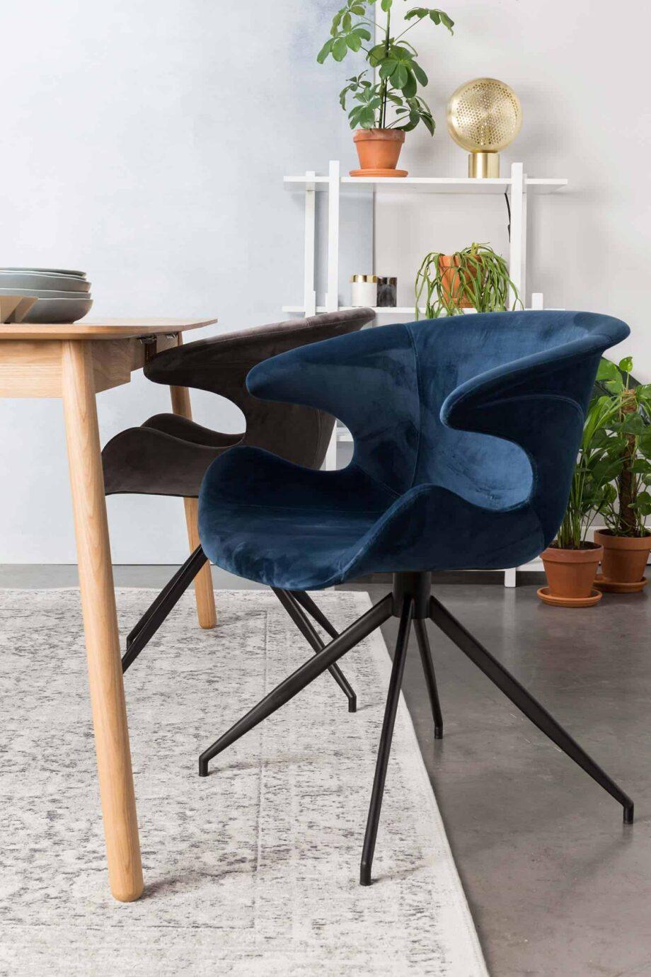 Mia fauteuil Zuiver blauw