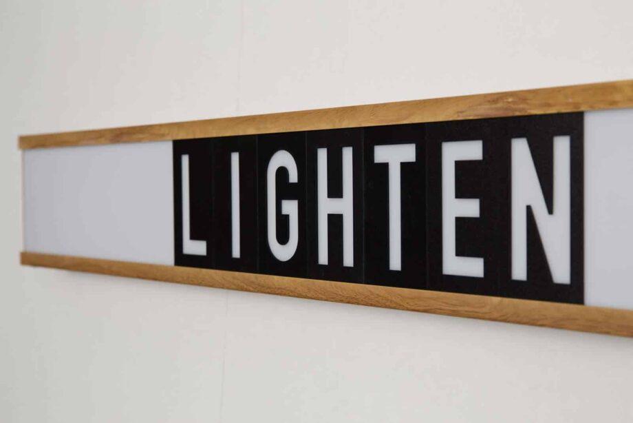 Saber wandlamp Zuiver