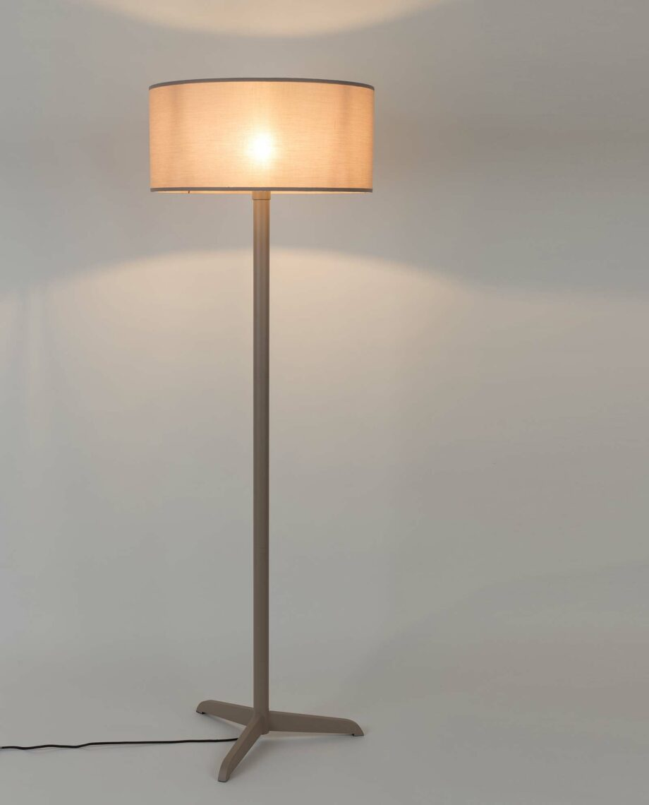 Shelby vloerlamp Zuiver taupe 2